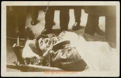 1919 ŠTEFÁNIK Milan Rastislav (1880–1919), generál, čsl. politik, astronom, autentická fotografie generála letectva pořízená bezprostředně po havárii Post Mortem Photography, Homeland, Milan, People, Pictures, Beautiful, Photos, People Illustration, Grimm