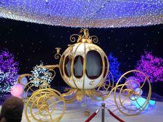 carruaje carroza fiesta de 15 años (1) Wedding Reception Ideas, Fall Wedding, Princess Carriage, Cinderella Carriage, The Knot, Downtown Los Angeles, Christmas Themes, Christmas Ornaments, Holiday Decor