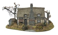 1:48th Woodnook Cottage & Base By Bea Broadwood of www.petite-properties.com (Image shows a constructed & decorated kit)