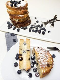 Stuffed French Toast recipe is going to pinch every one of your taste buds. It is creamy on the inside, with fresh berries, almost like eating a dessert for breakfast.