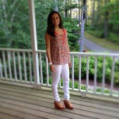 Jezzy's - summer white pants and coral! #marshalls www.jezzystyle.blogspot.com