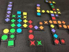 Le jeu plus facile à jouer qu'à prononcer Le but à Qwirkle (à prononcer couairqueul ^^) c'est d'associer des tuiles de formes ou de couleurs identiques (six de chaque). Une ligne de six formes différentes mais de même couleur ou de six couleurs différentes mais de même forme c'est un couairqueul (s'écrit Qwirkle ^^). Schmidt, Nintendo 64, Jouer, Games, Different Shapes, Gaming Rules, Roof Tiles, Tabletop Games, Fishing Line
