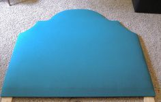 DIY upholstered headboard. Really detailed, step-by-step instructions.