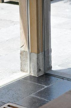 Belgian craftmanship- Use stone /tile skirtings