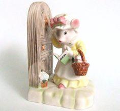 Serre-livres de souris, Dame Avon, Moments précieux Vintage souris Avon mon premier appel souris Figurine souris serre-livres, Japon, Figure de Moments précieux