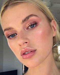 "History of eye makeup ""Eye care"", put simply, ""eye make-up"" happens to be a subject Glowy Makeup, Eyeshadow Makeup, Beauty Makeup, Eyeshadow Palette, Pink Eyeshadow Look, Makeup Inspo, Makeup Inspiration, Makeup Tips, Makeup Ideas"