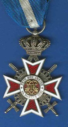 Romania Order of Crown Knight Breast Badge with Swords, type Military Pins, Military Orders, Royal Jewelry, Gems Jewelry, History Of Romania, Military Decorations, Medal Ribbon, Grand Cross, Chivalry