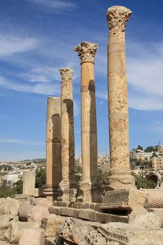 Jerash, Kingdom of Jordan. Jerash is the site of the ruins of the Greco-Roman city of Gerasa Ancient Ruins, Ancient Rome, Ancient Greek, Amman, Places To Travel, Places To See, Places Around The World, Around The Worlds, Jordan Travel