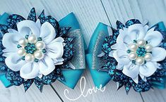 (99) Одноклассники Baby Hair Clips, Hair Bows, Fantasy Character Design, Ribbon Bows, Fantasy Characters, Headbands, Brooch, Flowers, Accessories