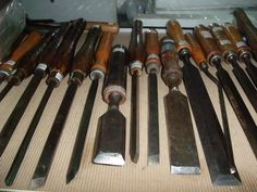 Old restored chisels are good chisels with many more service life left. Wide selections from www.multifilla.com