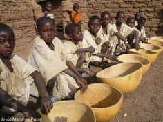 Una foto de Mali: Esperando la circuncisión.