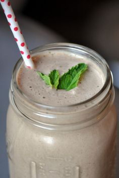 fresh mint chocolate smoothie