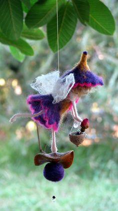 Ornamento de hadas aguja fieltro muñeca inspirada por Made4uByMagic