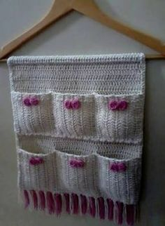 And Lovely Crochet Ideas With Knitting Patterns - Latest ideas information Crochet Organizer, Crochet Storage, Crochet Decoration, Crochet Home Decor, Crochet Flower Patterns, Knitting Patterns, Crochet Ideas, Crochet Gifts, Free Crochet