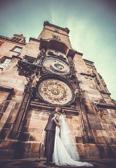 Romantic classic europe wedding of the beautiful couple in Prague #wedding #Prague #bride