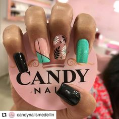 In search for some nail designs and some ideas for your nails? Here's our listing of must-try coffin acrylic nails for cool women. Gorgeous Nails, Pretty Nails, Hair And Nails, My Nails, Graduation Nails, Dope Nails, Green Nails, Nail Decorations, Spring Nails