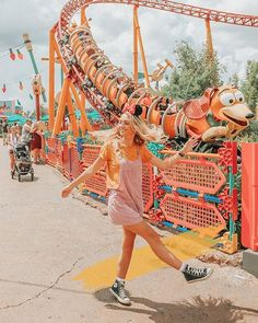 Disneyland Outfit Ideas 2019 – ✰𝚙𝚒𝚗𝚝𝚎𝚛𝚎𝚜𝚝: See other ideas and pictures from the category menu…. Faneks healthy and active life ideas Cute Disney Pictures, Disney World Pictures, Cute Photos, Cute Pictures, Beautiful Pictures, Disney Outfits, Disneyland Outfits, Disneyland Paris, Disneyland Ideas