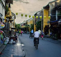 This time two years' ago we were travelling around Vietnam. Hoi An was our favourite place in Vietnam full of colourful streets beautiful buildings and delicious food