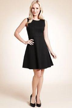 M - Petite Sleeveless Panelled Skater Dress
