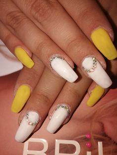#nails#sun#swarovski#whitenails