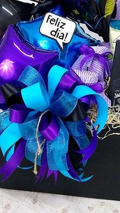 Fathers Day Gift Basket, Fathers Day Gifts, Best Dad Gifts, Gifts For Dad, Diy Birthday, Birthday Gifts, Gift Baskets, Ideas Para, Boxes