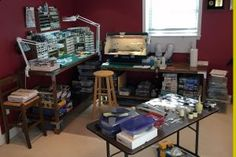HobbyZone is a company from Poland that offers you useful items which enable you to improve your working conditions and keep the work space clean and tidy. Hobbies For Adults, Hobbies For Men, Hobby Desk, Hobby Room, Man Cave Storage, Fly Tying Desk, Art Studio At Home, Modelista, Home Workshop
