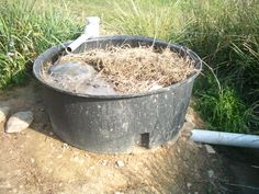 Gardening Compost Grey water compost worm grease trap-link to their permaculture web site. Haven't found the article about grey water compost yet. Grey Water System Diy, Grey Water Recycling, Water Pond, Garden Water, Soil Layers, Worm Farm, Fish Ponds, Easy Garden, Garden Ideas