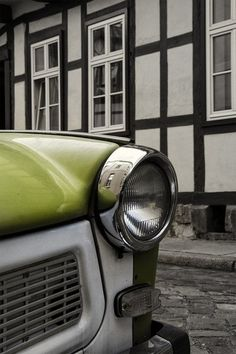 Trabant.  (Photo by Agnes Scholiers - TouTouke. All Rights Reserved).