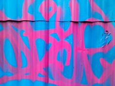 azul y rosa en el zinc
