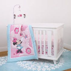 Minnie Mouse 3-Piece Crib Bedding Set