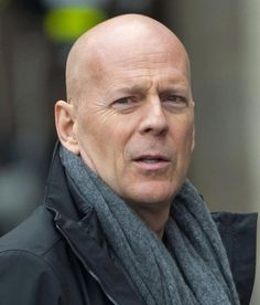 Bruce Willis - Dunway Enterprises: http://dunway.com - http://masterpaintingnow.com/how-to-draw-everything?hop=dunway