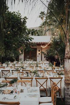 Porque el jardín de casa es ideal para el banquete. www.weareblanko.com #boda #bohemia #banquete