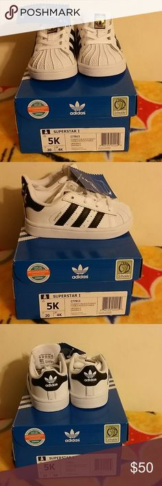 Adidas Superstar size 5k Adidas kids shoes size 5k superstar Adidas Shoes Sneakers