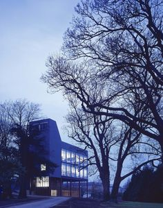 Centre for Research into Infectious Diseases, Dublin, a 2003 RIBA Award winner © Dennis Gilbert #RGM2015 #Architecture