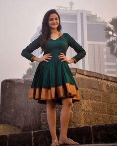 Deep Green Narayanpeth Sari Dress