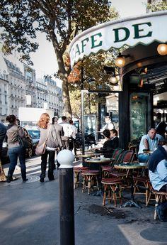 Café de Flore, 172 Boulevard Saint-Germain, Paris VI