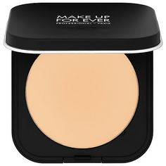 Shop MAKE UP FOR EVER's Ultra HD Microfinishing Pressed Powder at Sephora. It blurs, smooths, and reduces shine for a perfected, matte finish.