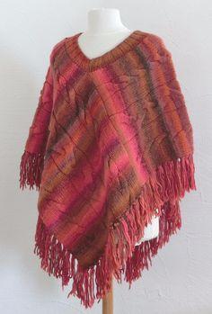 Un Grand Marché   Femmes flamboyantes en Automne · Poncho Fantaisie - Femme  - En laine chinée - Joli dégradé - Motifs à torsades - 790b5d94d8f