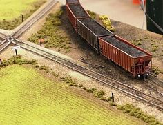 the art of wiring a model railroad for multiple train operations with conventional DC power supplies isn't spoken about often. Model Training, Model Railway Track Plans, Third Rail, Standard Gauge, Train Table, Ho Trains, Model Train Layouts, Scale Models, Decoration