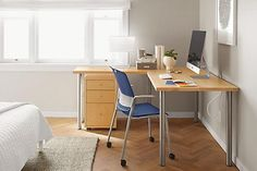 This modern stacking chair from Humanscale® moves with the body and minimizes pressure points to provide superior comfort.