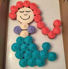 Little mermaid cupcakes Mermaid Cupcake Cake, Little Mermaid Cupcakes, Little Mermaid Birthday Cake, Cupcake Birthday Cake, Little Mermaid Parties, Mermaid Cakes, Birthday Cake Girls, 3rd Birthday Parties, The Little Mermaid