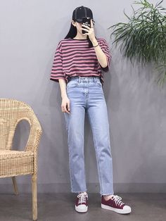 how to style outfits Korean Fashion Trends, Korean Street Fashion, Korea Fashion, Asian Fashion, Look Fashion, 90s Fashion, Girl Fashion, Fashion Outfits, Kpop Outfits