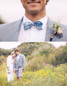 Smart Casual Grooms - Shorts Top Five Grooms & Groomsmen Trends for 2014 . Beach Wedding Groom Attire, Bow Tie Wedding, Casual Wedding, Wedding Outfits, Wedding Dresses, Groomsmen Trends, Groom And Groomsmen, Green Wedding Shoes, Blue Wedding