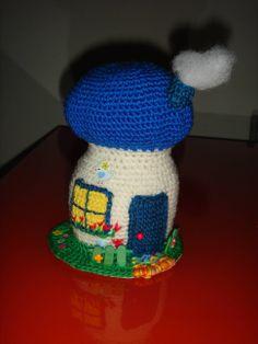 Amigurumi crochet. La casa-seta para el pajarito que Patri le regaló a Cris.