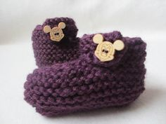 Items similar to Baby Booties purple - wooden Mickey Mouse button months) on Etsy Mickey Mouse Outfit, Mickey Minnie Mouse, Baby Mouse, Baby Booties, 3 Months, Crochet Hats, Booty, Button, Knitting