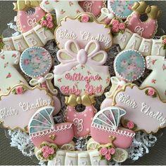 IG: @claudiascreativecookies Baker