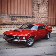 Ford Mustang Boss 429 photo ideas from Amazing Cars Photo Ford Mustang Boss, Mustang Fastback, Mustang Cars, Ford Mustangs, Classic Mustang, Ford Classic Cars, Auto Retro, Cabriolet, Car Accessories