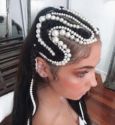 The Pearl Hair Trend is the Style You Need to Amp Up Your Hair Game Creative Hairstyles, Cool Hairstyles, Hair Inspo, Hair Inspiration, Pelo Editorial, Runway Hair, Natural Hair Styles, Long Hair Styles, Hair Reference