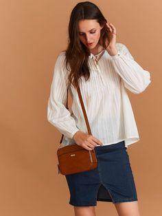 bluzka długi rękaw  biała - SBD0732 TOP SECRET Bell Sleeves, Bell Sleeve Top, Model, Tops, Fashion, Moda, Fashion Styles, Scale Model