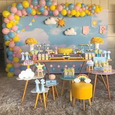 You are my sunshine ☀️❤️☀️ Por 1st Birthday Girl Decorations, Birthday Themes For Boys, Baby Girl First Birthday, Birthday Party Themes, 2nd Birthday, Sunshine Birthday Parties, First Birthday Parties, First Birthdays, Sunshine Baby Showers